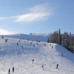 Skifahren: Frühbuchen und Vortrainieren ratsam